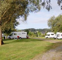 Campings et Aires de Camping-Cars