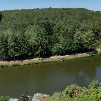 L'ïle aux Pies, perle du canal de Nantes à Brest